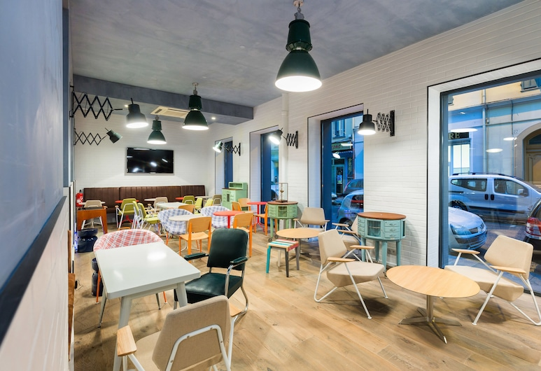 Hôtel OZZ By Happyculture, Nice, Hotellets indgang