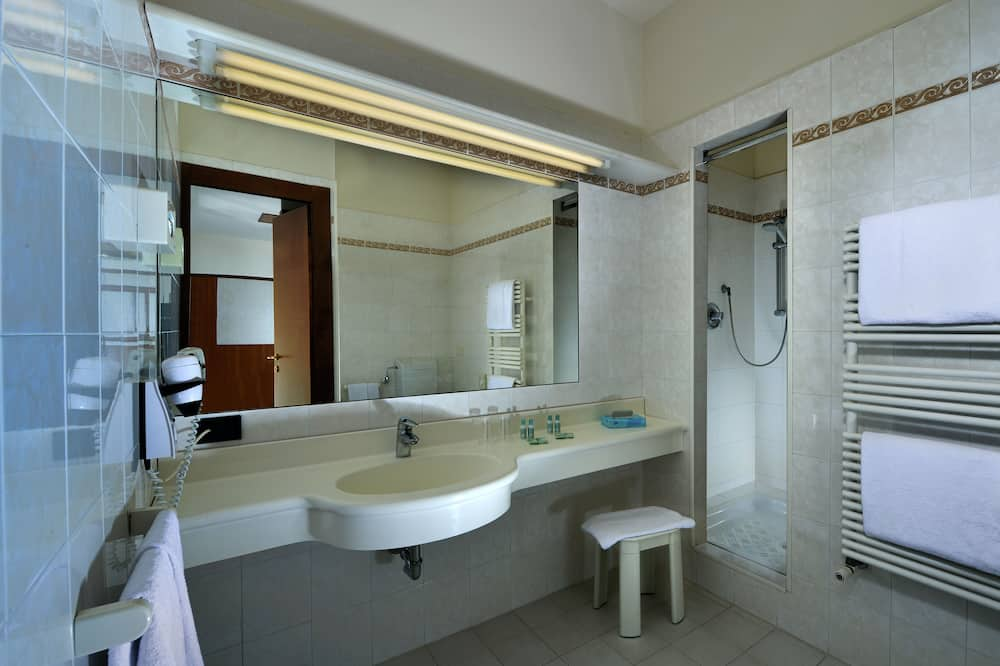 Comfort - yhden hengen huone, Parveke - Kylpyhuone
