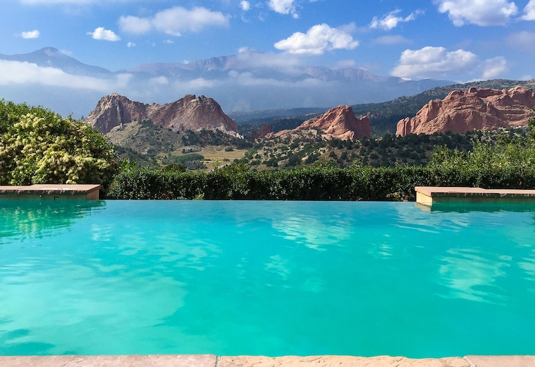 Garden of the Gods Resort and Club, Colorado Springs, Infinity Pool