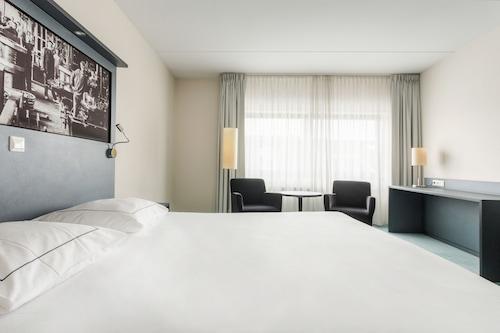 亨厄洛城市飯店/