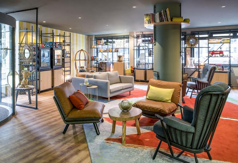 Aparthotel Adagio Paris Bercy Village, Paris, Lobby Sitting Area