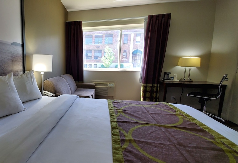 Super 8 by Wyndham Sarnia ON, Sarnia, Standard Room, 1 Queen Bed, Guest Room