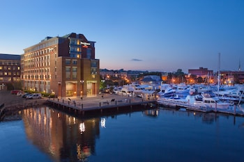Image de Residence Inn by Marriott Boston Harbor on Tudor Wharf à Boston
