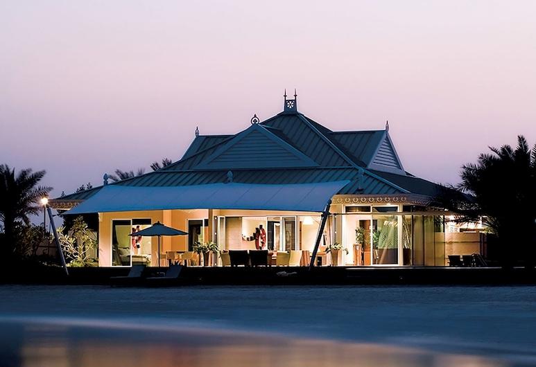 The Ritz-Carlton, Bahrain, Manama, Villa, 3 Bedrooms, Balcony, Sea Facing (Jetted Tub), Guest Room