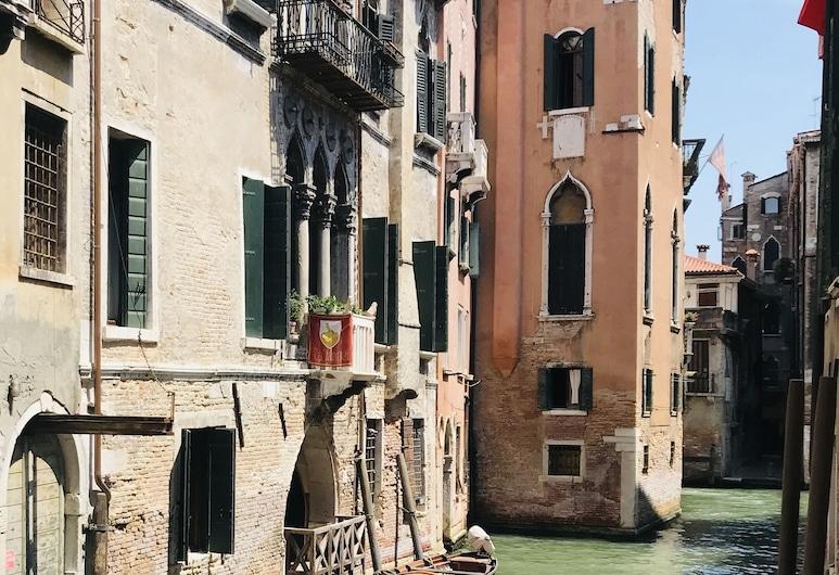 Ca' Amadi, Venedig, Hotelfassade