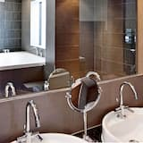City Suite, 1 King Bed, Non Smoking, City View (Glasshouse) - Bathroom
