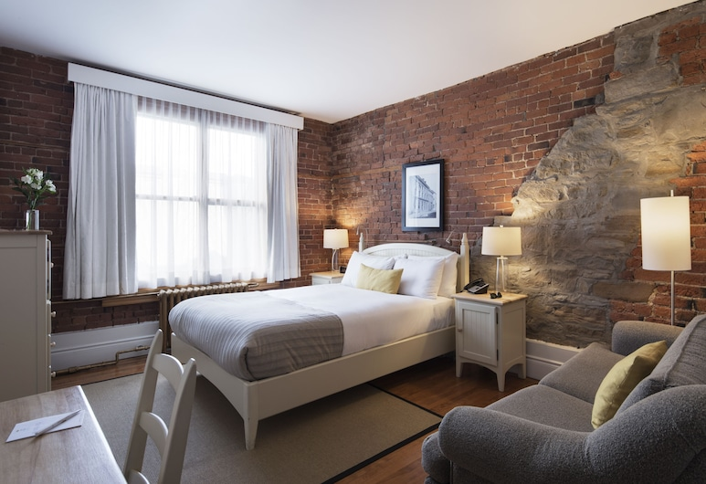 Auberge Saint-Pierre, Quebec, Superior Room, 1 Queen Bed, Guest Room