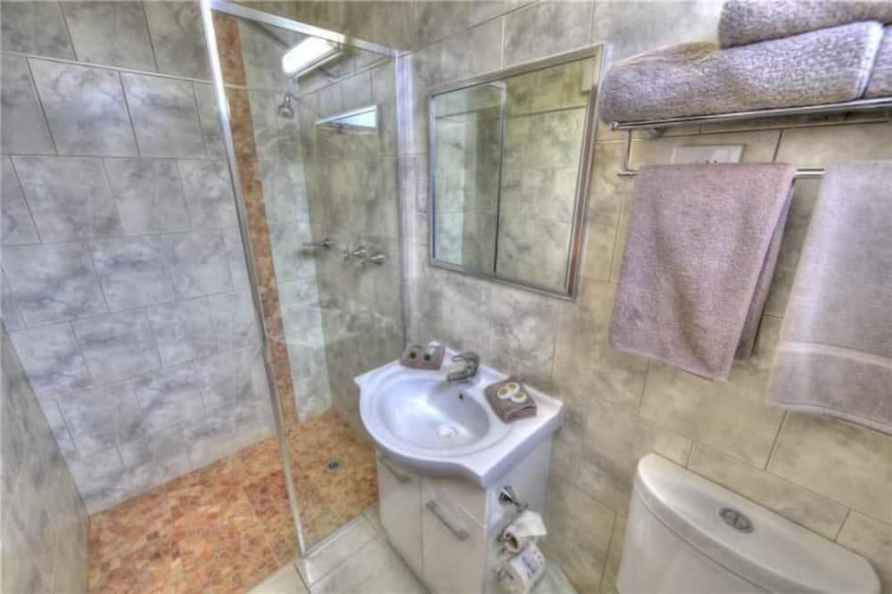 Superior Room, Non Smoking, Kitchenette - Bathroom