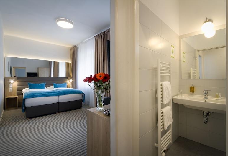Hotel White Lion, Praga, Quarto quádruplo standard, Quarto