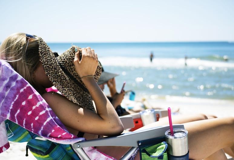 Holiday Inn Express Newport Beach, Newport Beach, Beach