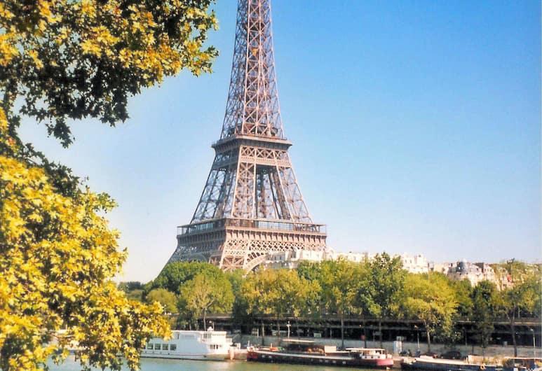 캄파닐 파리 15 - 투르 에펠, 파리