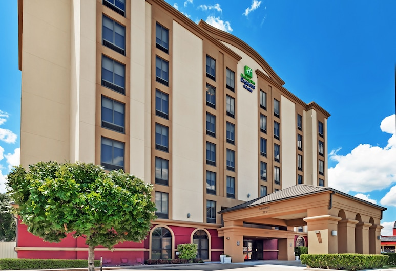Holiday Inn Express & Suites Houston - Memorial Park Area, יוסטון