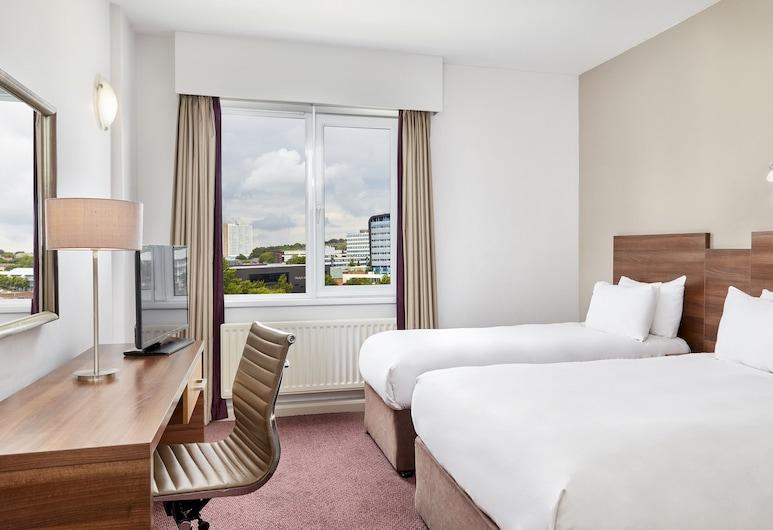 Jurys Inn Newcastle, Newcastle-upon-Tyne, Family Room, Guest Room