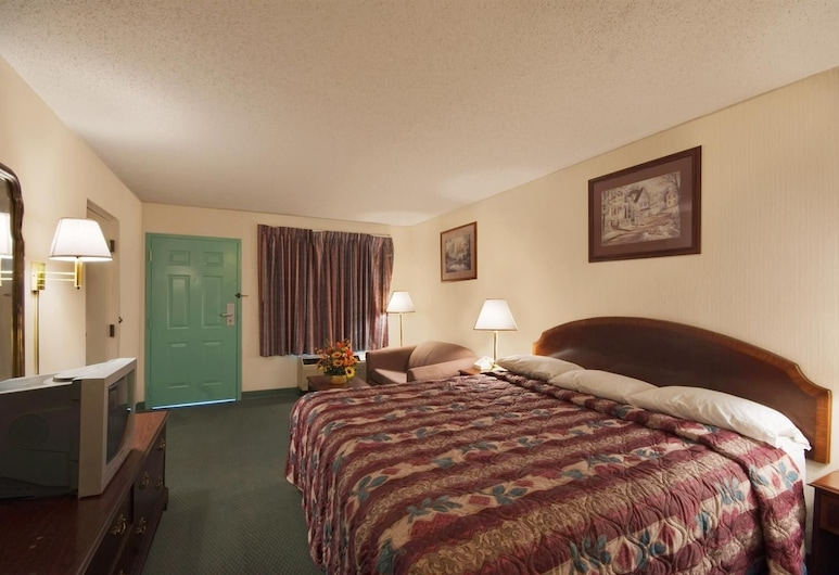 Americas Best Value Inn & Suites Mobile, Mobile, Room, 1 King Bed, Jetted Tub, Guest Room