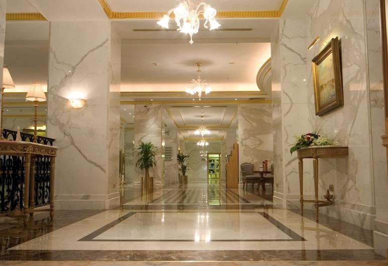 Madinah Movenpick Hotel, Medina