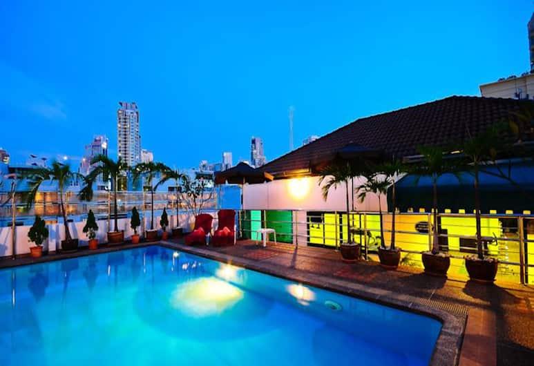 Admiral Suites Sukhumvit, Bankokas, Lauko baseinas