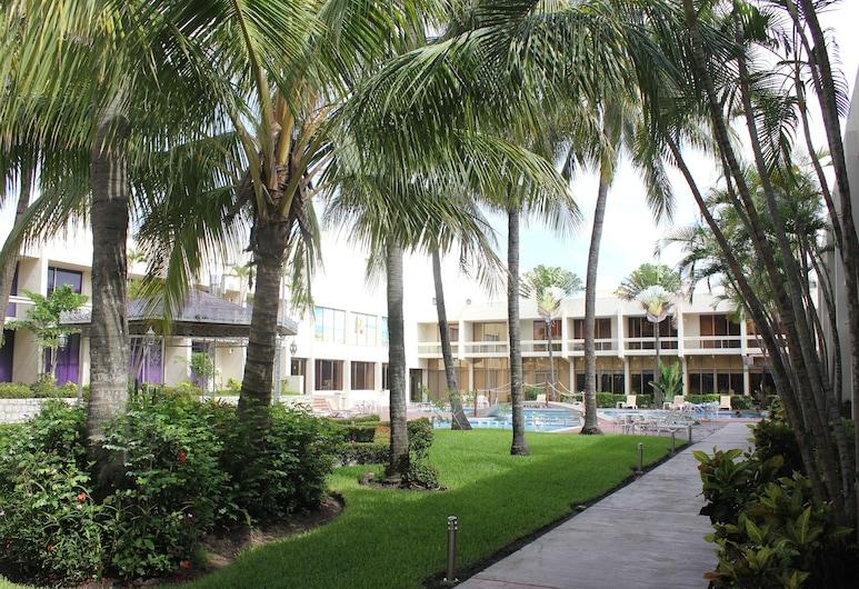Hotel Posada de Tampico, Tampico, Garden