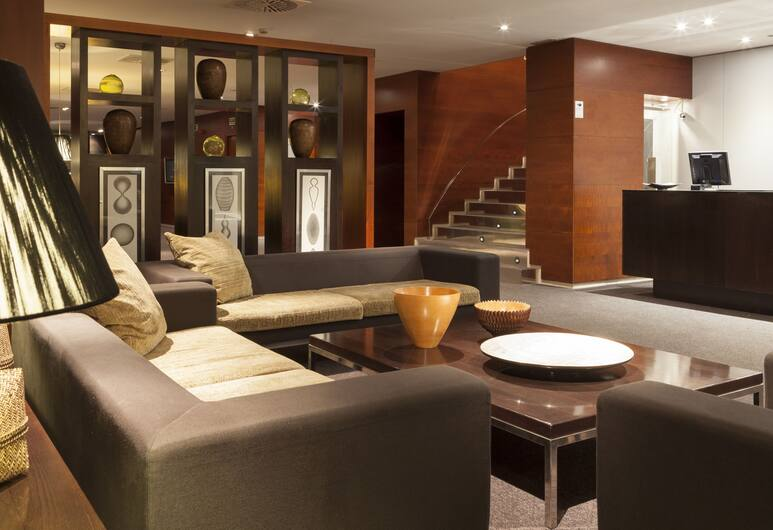 AC Hotel La Rioja by Marriott, Logroño, Tempat Duduk di Lobi