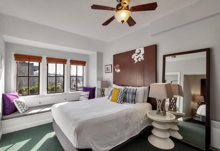 College Inn – European Style Hotel, Seattle, Premium Oda, Birden Çok Yatak, Özel Banyo, Oda