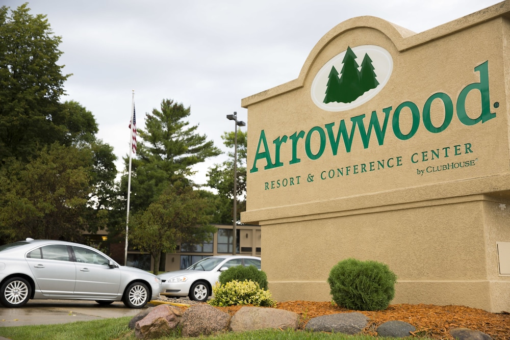 Arrowwood Resort & Conference Center, Okoboji
