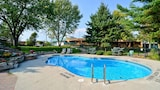 Book this Parking available Hotel in Gananoque