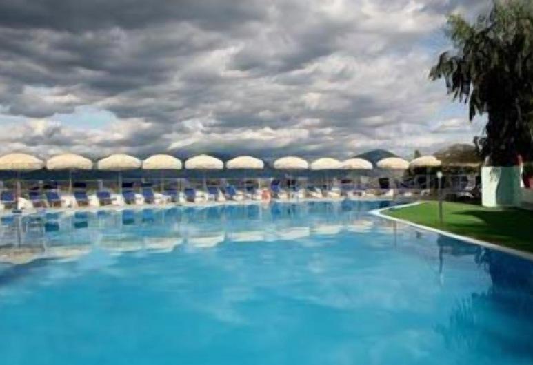 MARCANETO HOTEL, San Giovanni a Piro, Alberca al aire libre