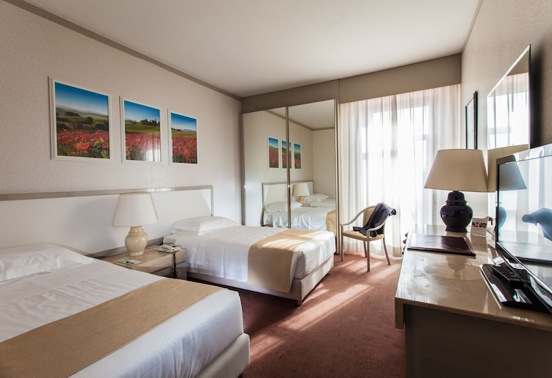 Etrusco Arezzo Hotel, Sure Hotel Collection by Best Western, Arezzo, Economy Twin Room, 2 Twin Beds, Guest Room