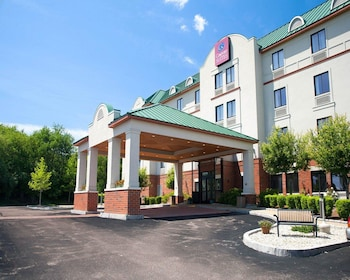Picture of Comfort Suites West Warwick - Providence in West Warwick