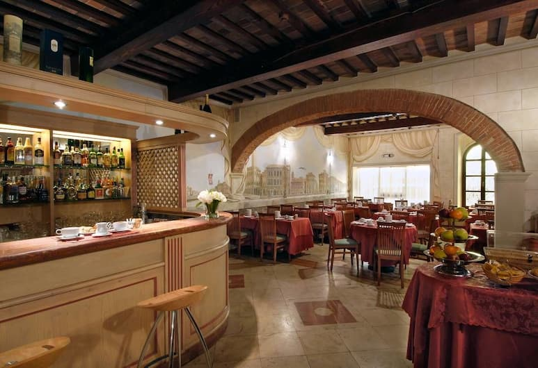Hotel Bologna, Pisa, Hotelový bar
