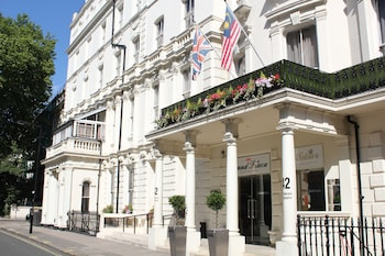 Picture of Grand Plaza Serviced Apartments in London