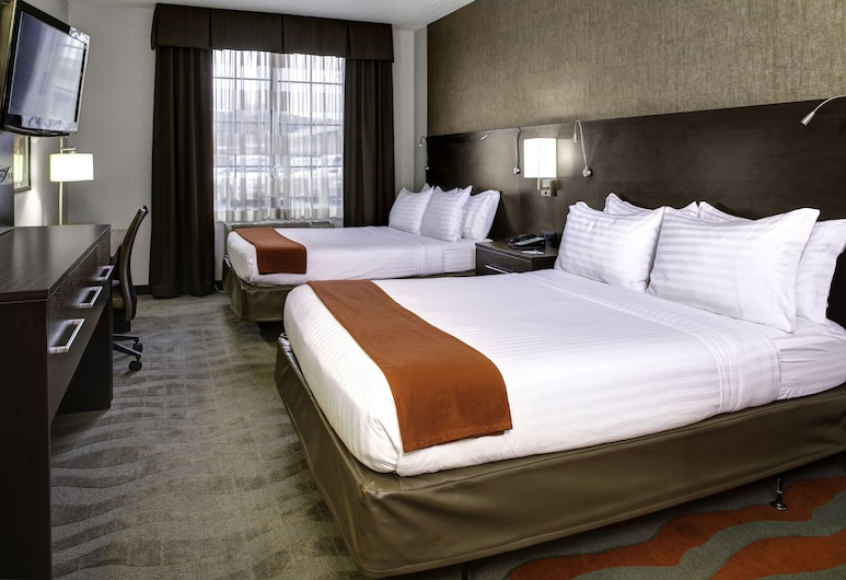Holiday Inn Express Hotel & Suites Pittsburgh-South Side, Pittsburgh, Room, 2 Queen Beds, Non Smoking, Guest Room