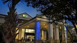 Book this Free Breakfast Hotel in Saint Rose