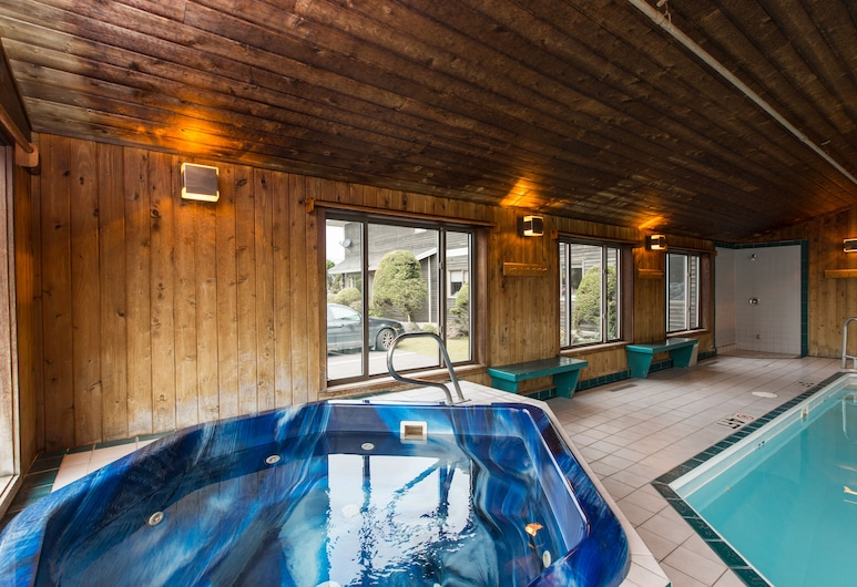 Commodores Inn, Stowe, Indoor Spa Tub