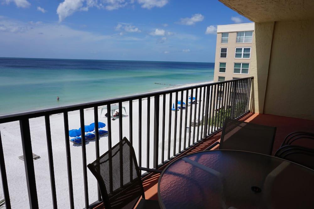 Condo, 3 Bedrooms, Kitchen - Balcony