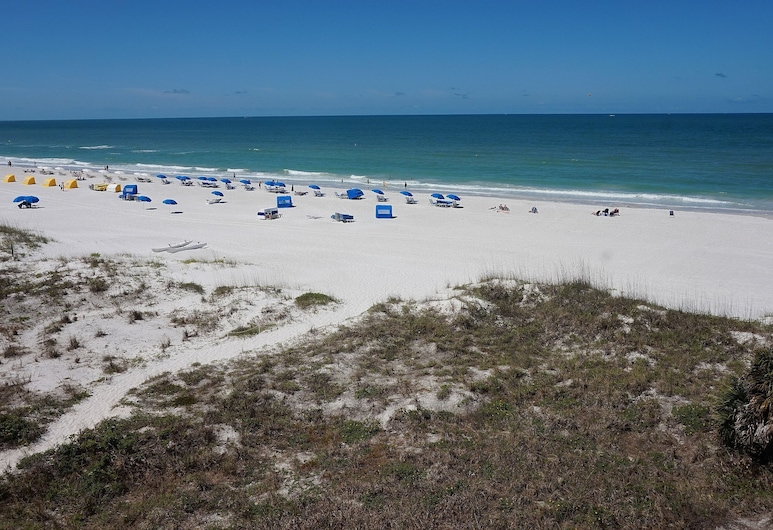 Vistas on the Gulf by Liberte', St. Pete Beach, Spiaggia