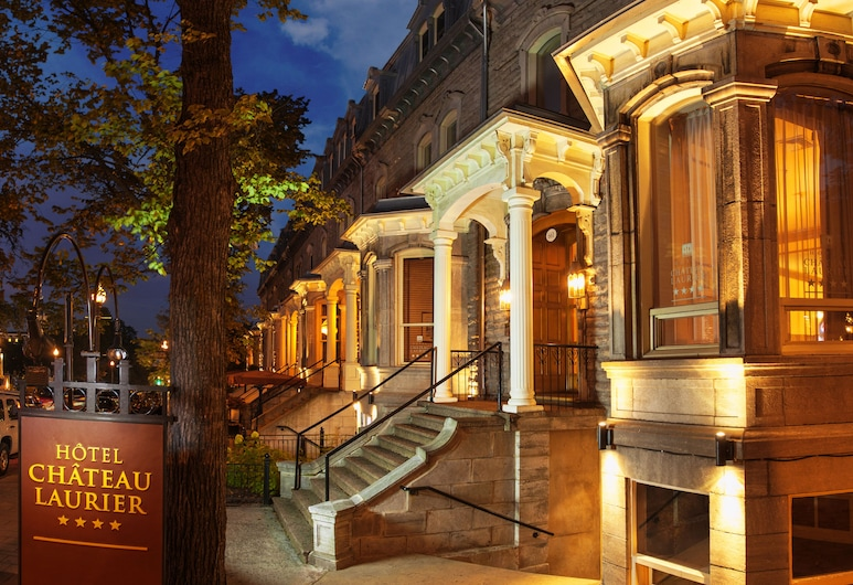 Hotel Chateau Laurier Quebec, Quebec, Hotel Entrance