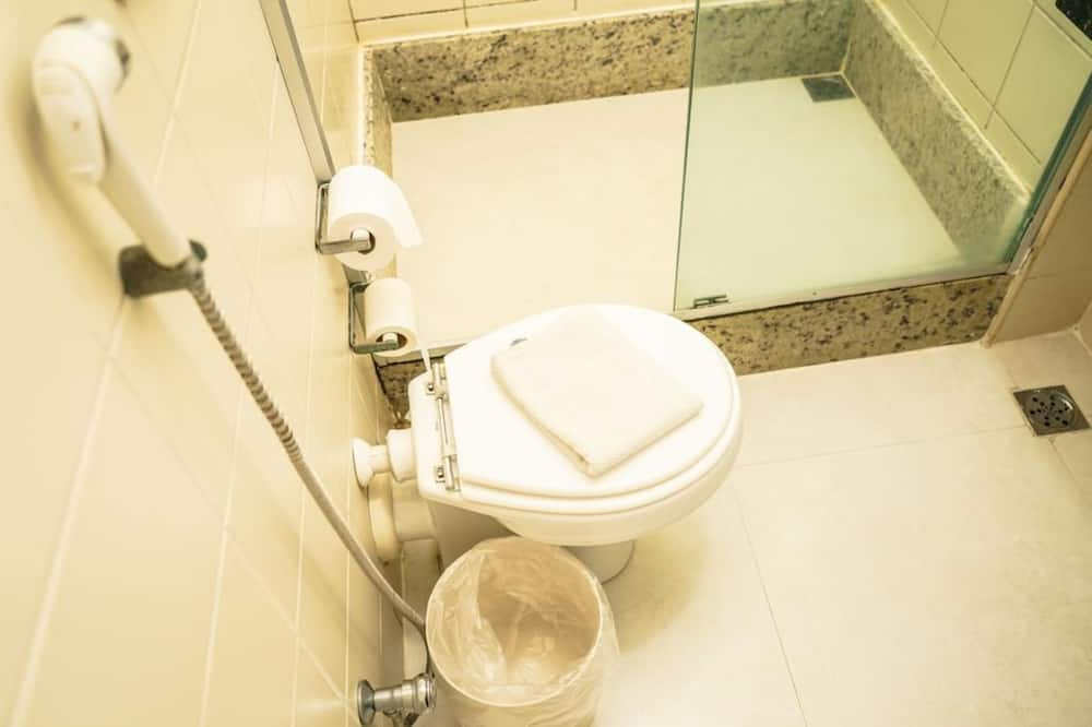 ห้องซูพีเรีย, เตียงเดี่ยว 2 เตียง - ห้องน้ำ