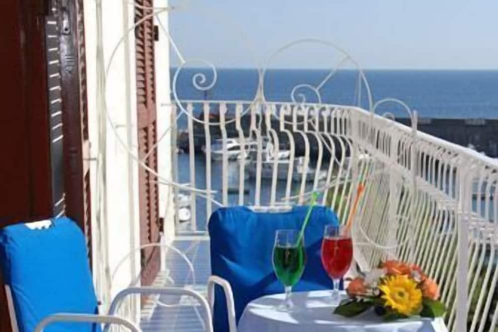 雙人或雙床房, 部分海景 - 陽台