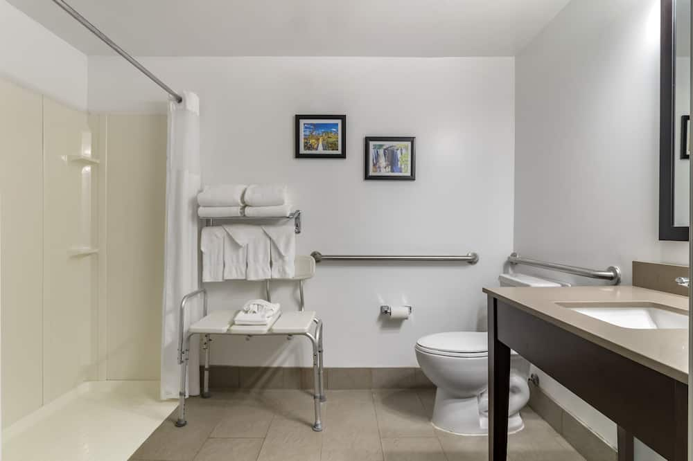 Suite, 1 King Bed with Sofa bed, Accessible, Non Smoking - Bathroom