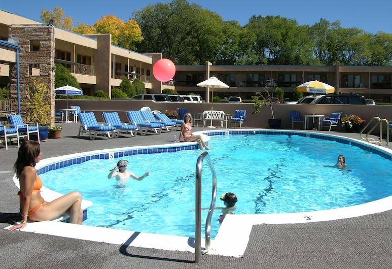 El Sendero Inn, Santa Fė, Lauko baseinas