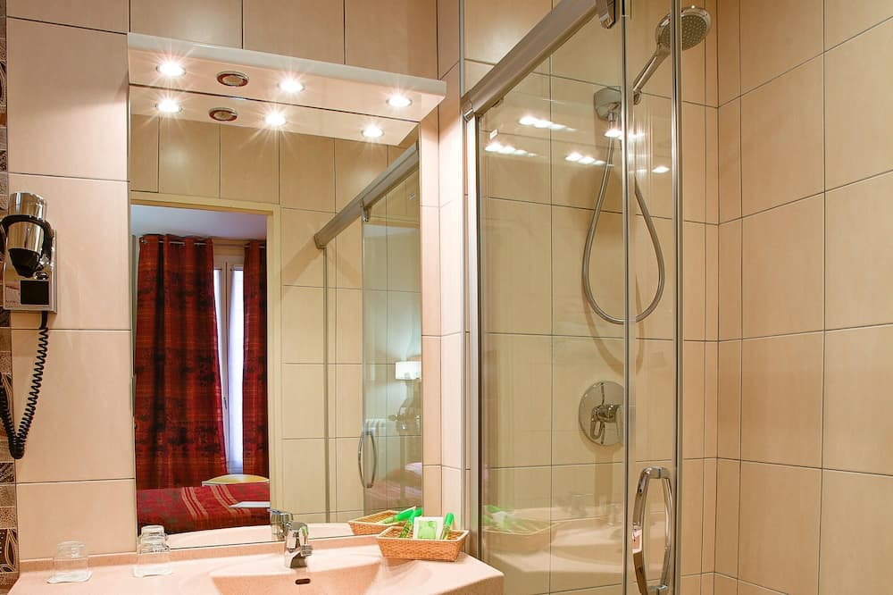 Twin kamer (with Shower, no air conditionning) - Badkamer
