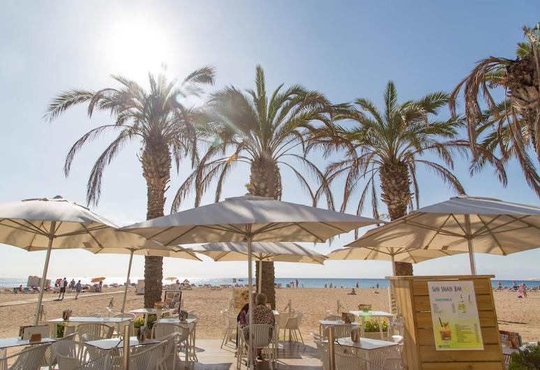 htop Royal Sun, Санта-Сусанна, Пляж