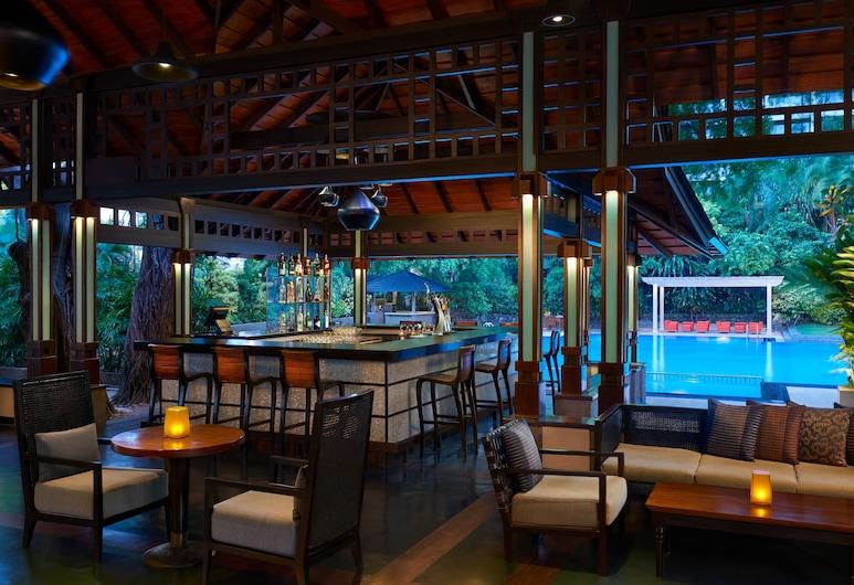 肉桂大可倫坡飯店, 可倫坡, 池畔酒吧