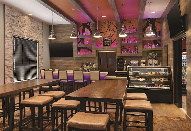 Country Inn & Suites by Radisson, Newark Airport, NJ, Elizabeth, Hotelbar