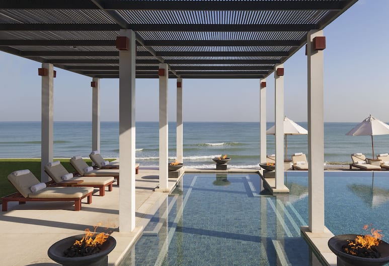 The Chedi Muscat, Muscat, Medence