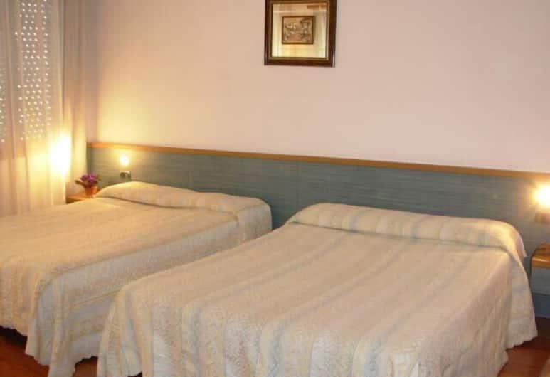 Hotel Vienna, Mestre, Perhehuone, 2 queen size -sänkyä, Tupakointi kielletty, Vierashuone