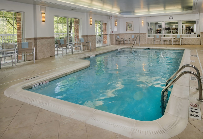 Springhill Suites by Marriott State College, State College, Piscina cubierta