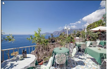 תמונה של Hotel Villa Bellavista בPraiano