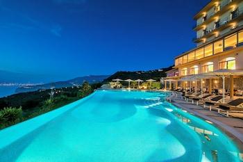 Foto Grand Hotel Due Golfi di Massa Lubrense