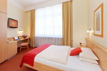Picture of Hotel Adria München in Munich